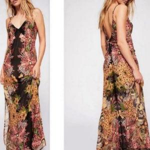 Price firm 🌟NWT Free People Printed Slip Dress
